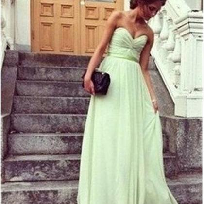 Green Chiffon Ruched Sweetheart Flo..