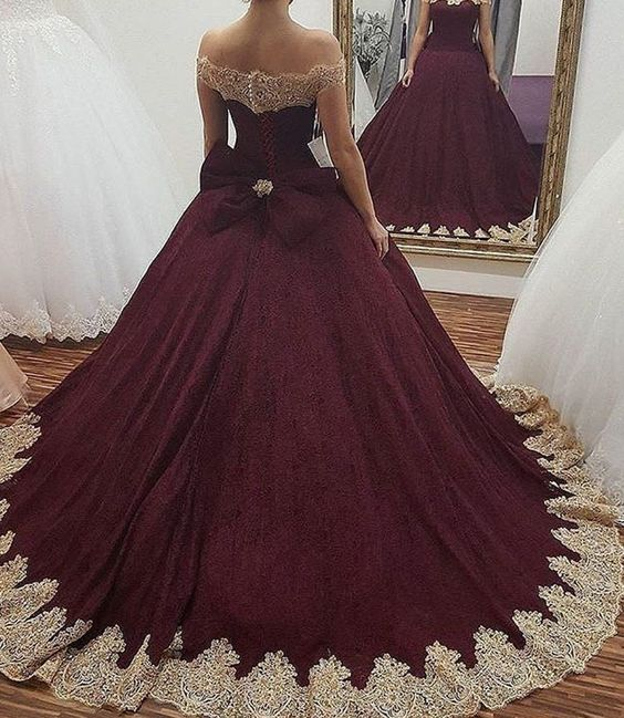 burgundy wedding dress,maroon ball gowns,off-the-shoulder wedding gowns,flower dresses for bride