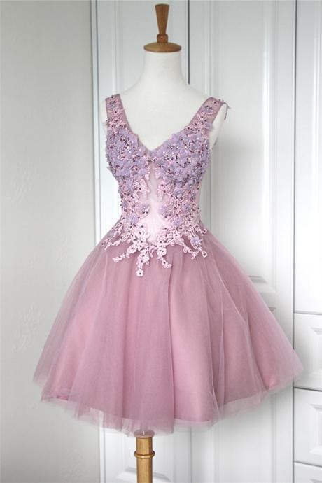 Ball Gown V-Neck Sleeveless Lace Up Short Homecoming Dress With Appliques