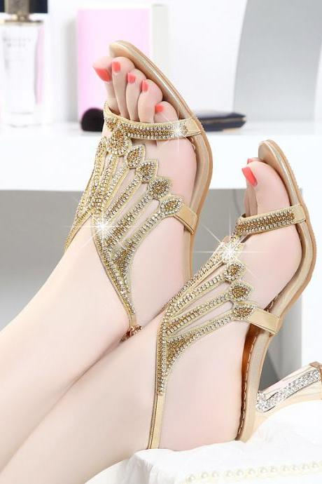 Ulass 2017 New Female Diamond with Diamond Leather Sandals Heels Sexy Korean Rough Heels