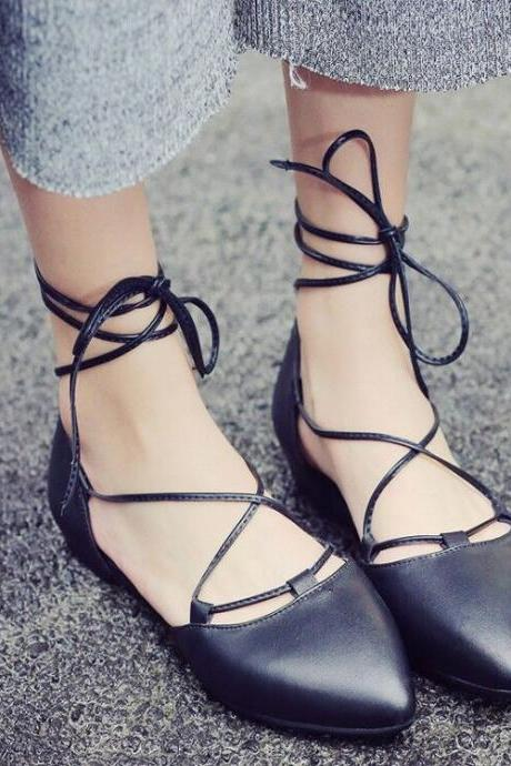 Cross Bondage Pointed Toe Ballerina Flat