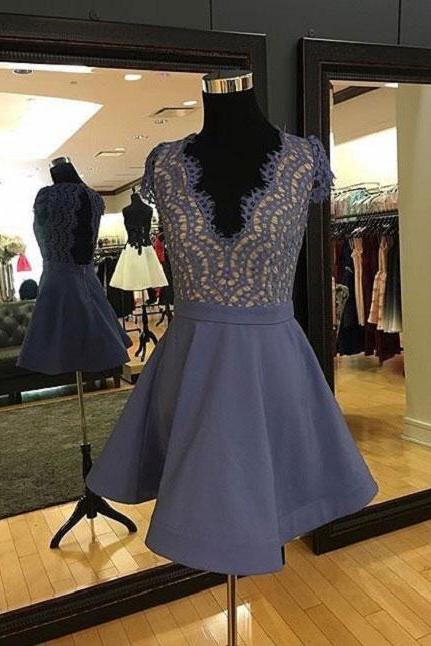 Lace Homecoming Dresses,2017 A-line Deep V-Neck Sleeveless Rhinestone Open-back Homecoming Dresses