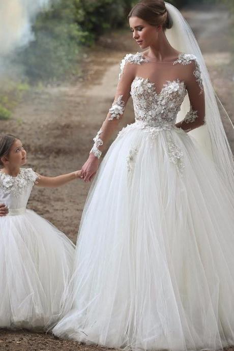 Ball Gown Wedding Gown,O-Neck Wedding Dress,Organza Sweep Full Bride Gown
