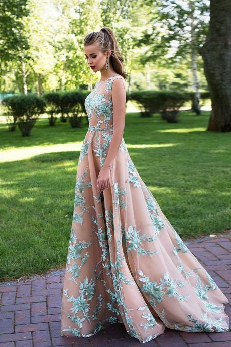A-Line Bateau Sleeveless Backless Long Prom/Evening Dress With Appliques