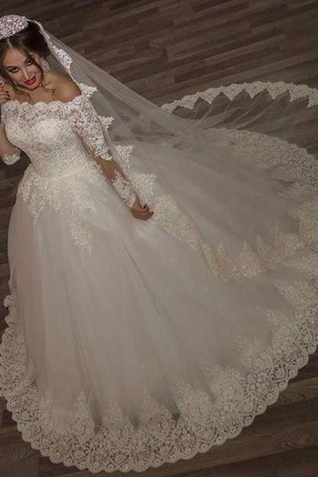Wedding Dresses Princess Lace Alliques Bridal Bride Gowns with veil robe de mariage Luxury Vintage Long Sleeves off Shoulder
