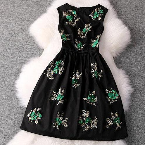 Decorative beads temperament sleeveless dress