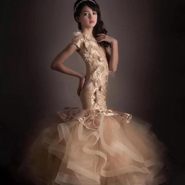 Short Sleeves Lace Tulle Handmade Flowers Floor Length Champagne Pageant Dresses For Teens