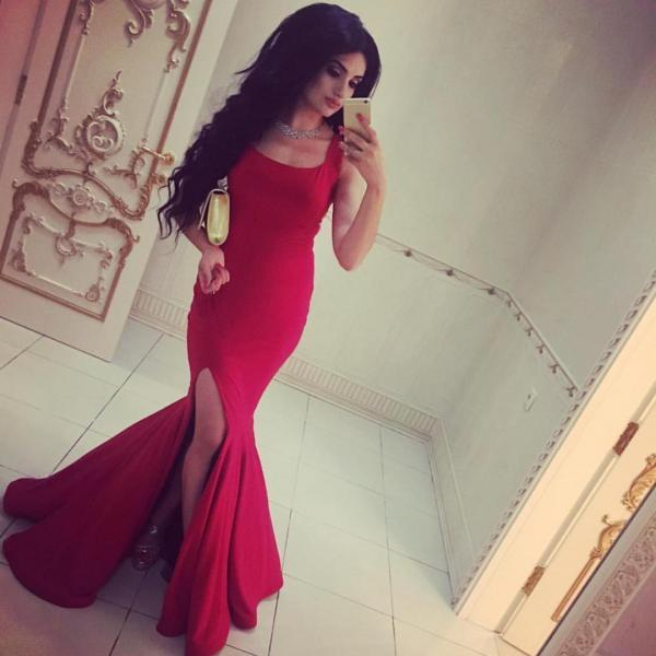 Prom Dresses,Party Dresses,New Arrival Prom Dress,Modest Prom Dress,long red jersey prom dress,elegant formal dress,slit prom dress,red evening gowns,prom dress